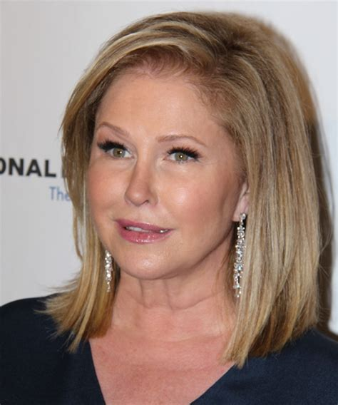 Kathy Hilton Hairstyles, Hair Cuts and Colors