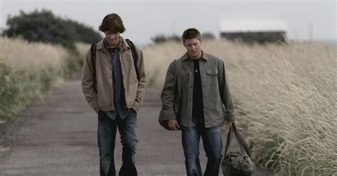 Doux Reviews: Supernatural: Everybody Loves a Clown